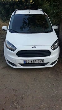 Ford Courier  Yeni