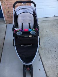 Graco stroller set 7 km