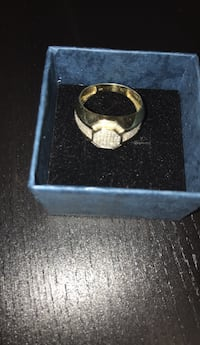 Jewelry 10K gold ring with 1.5KT diamonds