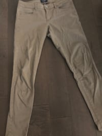 American eagle skinny jeans ~ super stretchy ~ size 30/31 ~ nude/tan Surrey, V4N 6A2