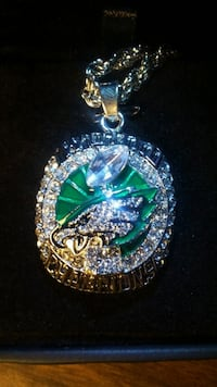 "EAGLES SUPER BOWL necklace w/ 22"" CHAIN & LED box Fairfax, 22030"