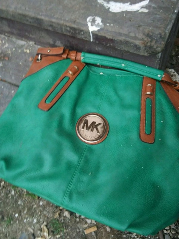 fd368eb7a21e7a Used green and brown leather Michael Kors tote bag for sale in San Antonio  - letgo