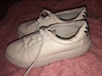 Faux leather white womens size 8 shoes with eye embroidered  Modesto, 95356
