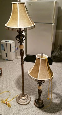 Two lamps, like new Fairfax