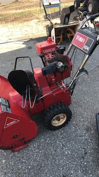 Toro 5/24 for part or repair runs  Brooklyn, 06234