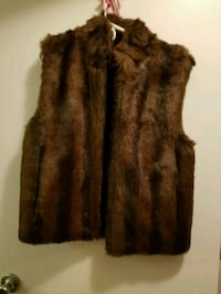 brown faux fur vest Manassas, 20109