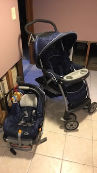 Stroller and carseat with carseat base Bloomingdale, 07403