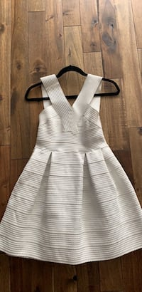 White Cocktail Party Dress  Niagara Falls, L2G 7T7