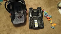 Graco click connect Infant car seat Edmonton, T6X 1A7