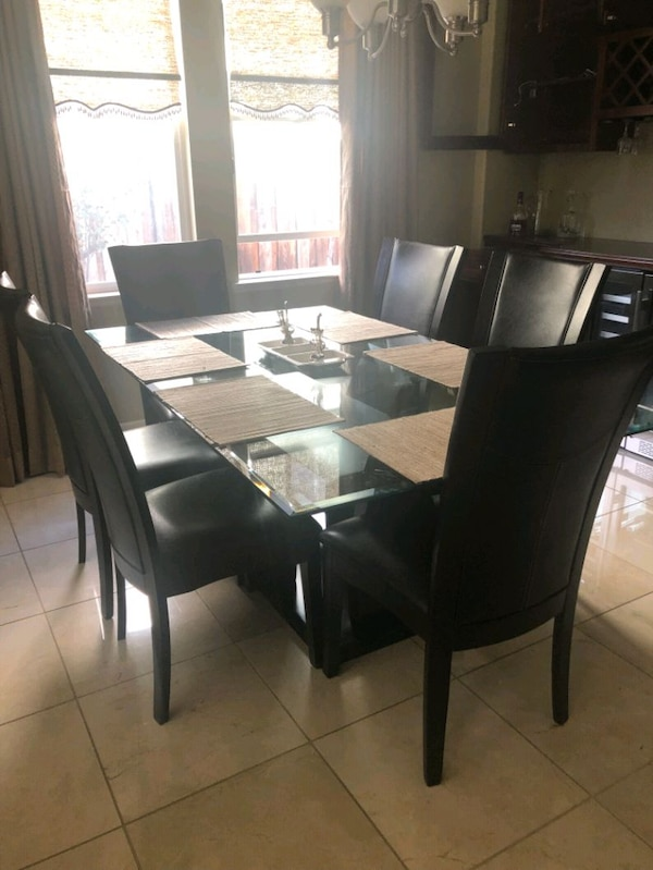 Modern Dining Table Set with 12mm tempered glass t