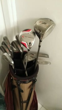 Right Handed Golf Set Scarborough, M1G 1H8