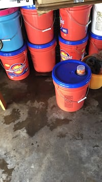 Blue and red plastic buckets with lid soap  Sacramento, 95820