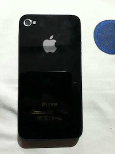 Iphone 4s 64 Gb (only 8 months old)