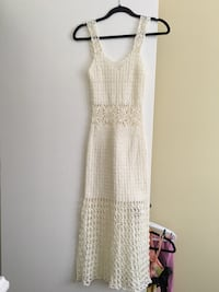 White knitted v-neck sleeveless long dress