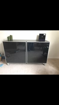Tv stand / Cabinet / Shelf's Fairfax, 22031