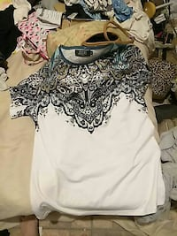 white and multicolored floral scoop-neck t-shirt Sheridan, 72150