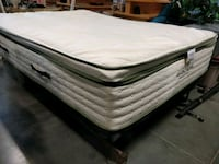 Avocado Queen mattress  Ashburn, 20147