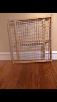 white metal framed pet cage Pittsburgh, 15215