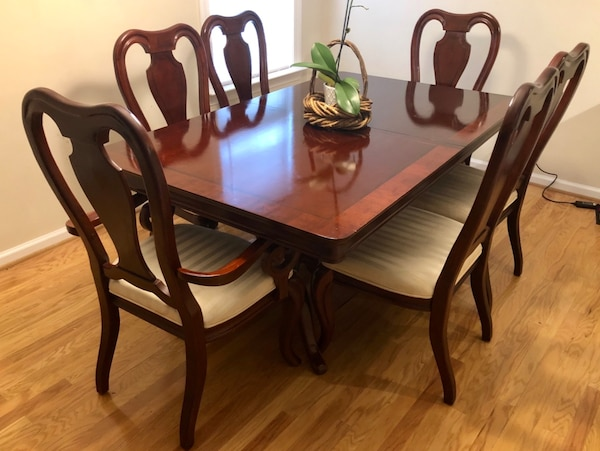 9 piece Cherry Wood Formal Dining Room Set