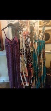 Ladies Medium Dresses