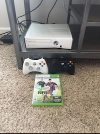 White xbox 360 console with controller and game cases Getzville, 14228
