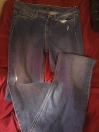 Forever 21 jeans size 31 new