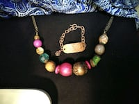 Local artisian crafter beaded jewelry w/ bracelet