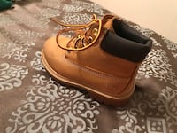 pair of brown leather shoes Yuma, 85364