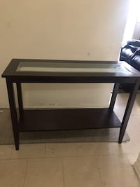 Console entry table Toronto, M6S 2T6