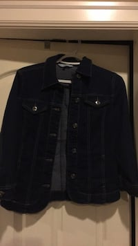 Small denim jacket Surrey, V4N 4E8