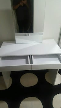 New Dressing Table with Mirror  Toronto, M6M 4C2