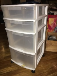 MUST PICK UP TODAY!!! Plastic drawers on wheels! Calgary, T2N 3R6