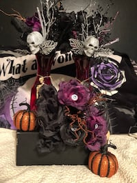 Skull and black roses bouquets for Halloween Martinsburg, 25404