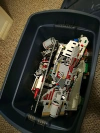 assorted Lego toy lot in box Tampa, 33610