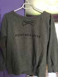 gray and black Pink by Victoria's Secret sweater Montréal, H4J 2B6