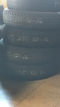 black and gray car tire
