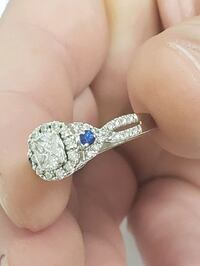 PRICE REDUCED*** 14k white gold 3/4CT diamond engagement ring(price