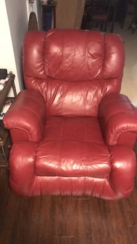 red leather recliner sofa chair for $150 OBO Brampton, L6V 1K1