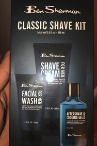 BRAND NEW SHAVING KIT Surrey, V3W 1W7