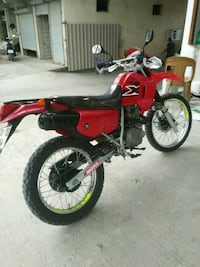 Cross xl 200