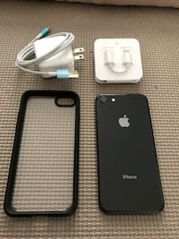 iPhone 8 64GB unlocked- Apple Care included  Toronto, M6A