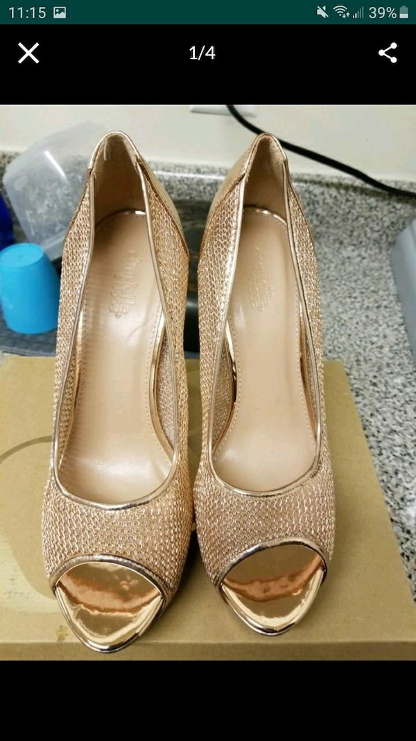 Women's ROSE GOLD SIZE 9 115fb296-1e5e-4bff-bd8b-183b0b9ec021
