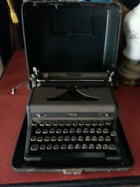 Old typewriter. Warren, 44483