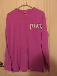 Medium Pink shirt Fort Washington, 20744