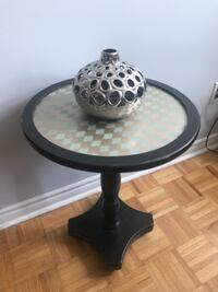 Round Side Table - lightly distressed