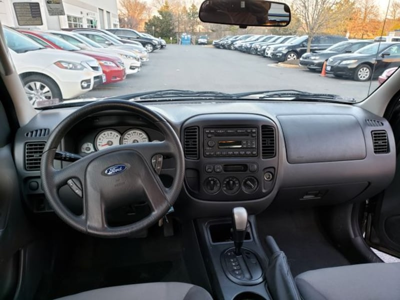 2006 Ford Escape for sale 1b3114c7-203d-4ac2-817c-43ef6203df27