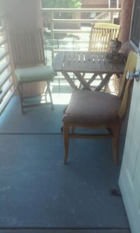 Table wood with two folding chairs Las Vegas, 89130