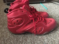 pair of red Nike basketball shoes Worcester, 01604