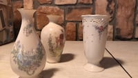 two white-and-pink floral ceramic vases Pleasant Valley, 12569