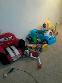 toddler's assorted toys Suitland-Silver Hill, 20747